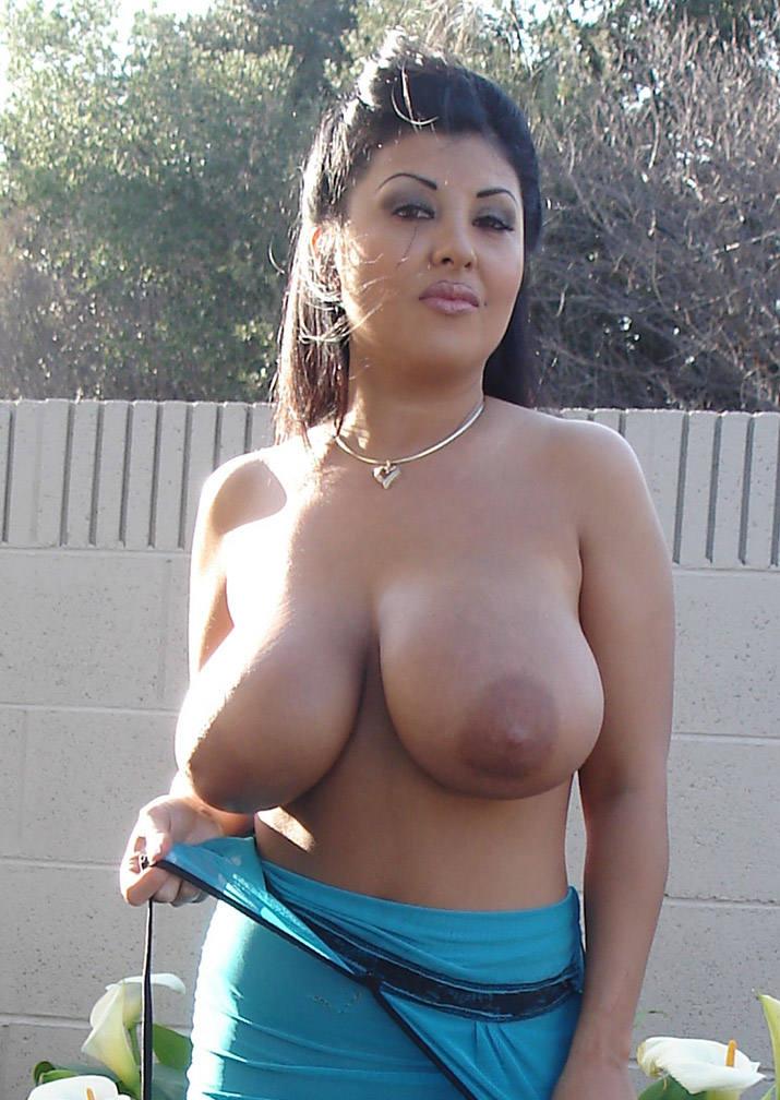 femme arabe gros seins nues